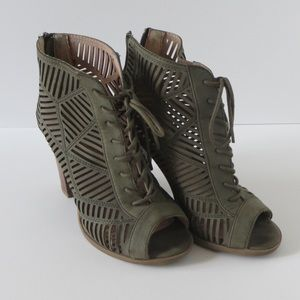 Size 7 Mix No. 6 Peeptoe Booties